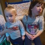 Brat in sestra v znamenju AC/DC